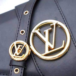 Louis Vuitton Point 9 NWT